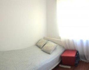 Apartament 3 camere, decomandat, Intre Lacuri