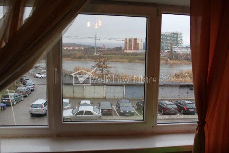 Apartament cu 2 camere, 55 mp, zona Intre Lacuri, cu vedere la lac