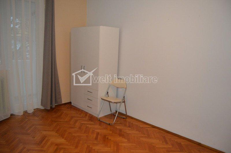 Inchiriere apartament 2 camere semidecomandate, 48 mp, in zona strazii Unirii