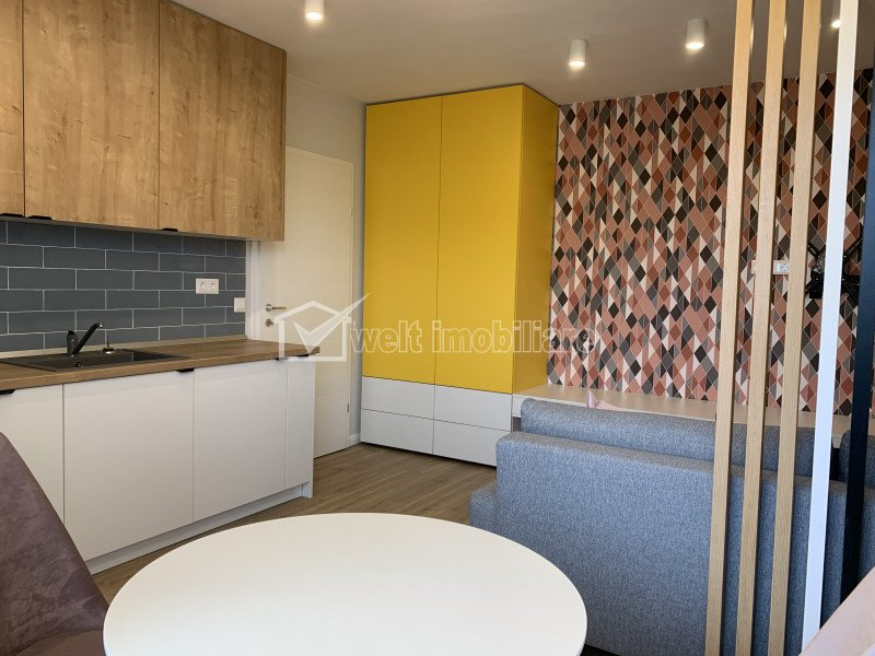 Apartament cu 2 camere, prima inchiriere, bloc nou, parcare, zona Horea