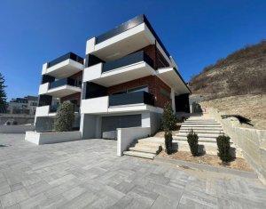 Casa cuplata cu panorama superba, Grigorescu