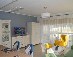 Apartament 2 camere, 67mp, lux, terasa, garaj, zona Grand Hotel Italia