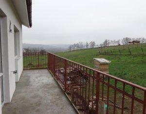 Casa pretabila pentru 2 familii - 110 mp utili, 500 mp teren, Jucu de Sus