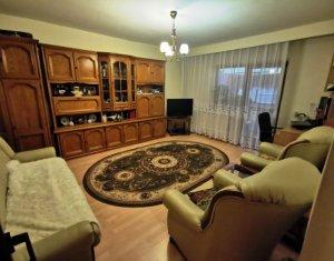 Apartament 3 camere, 2 bai, strada Dorobantilor