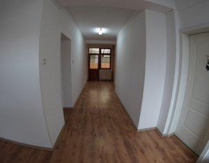 Maison 8 chambres à louer dans Cluj-napoca