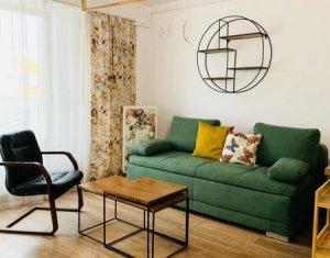 Apartament de lux, situat in imobil nou, orientare sud, terasa, zona Platinia !