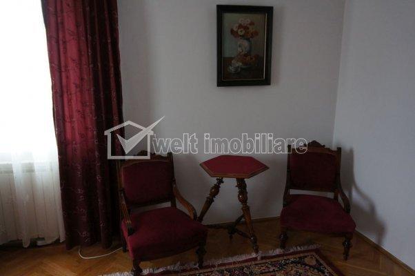 Casa 14 camere, D+P+E+M, 480 mp, 4 locuri garaj, zona Piatei Cipariu, Gheorgheni