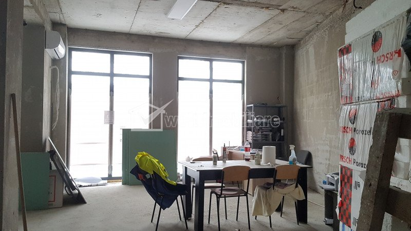 Spatiu comercial 136mp, inchiriat, imobil nou, centru, P-ta Abator