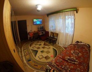 Vanzare apartament 3 camere Gheorgheni, etaj 3, zona Rebreanu