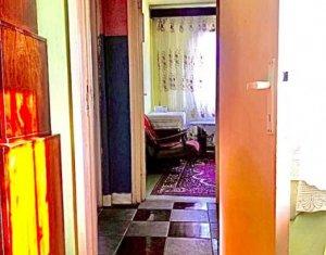 OCAZIE! Apartament cu 3 camere, cu centrala, zona McDonald's Manastur, 1300E/mp