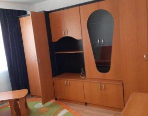 Appartement 3 chambres à louer dans Cluj-napoca, zone Manastur
