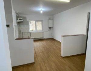 Apartament cu 3 camere, decomandat 70 mp, 2 bai, finisat, gata pentru amenajare!