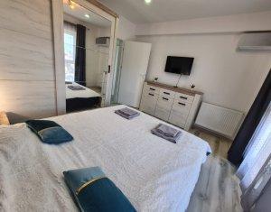 Apartament 2 camere, decomandat, complex rezidential, zona Eroilor