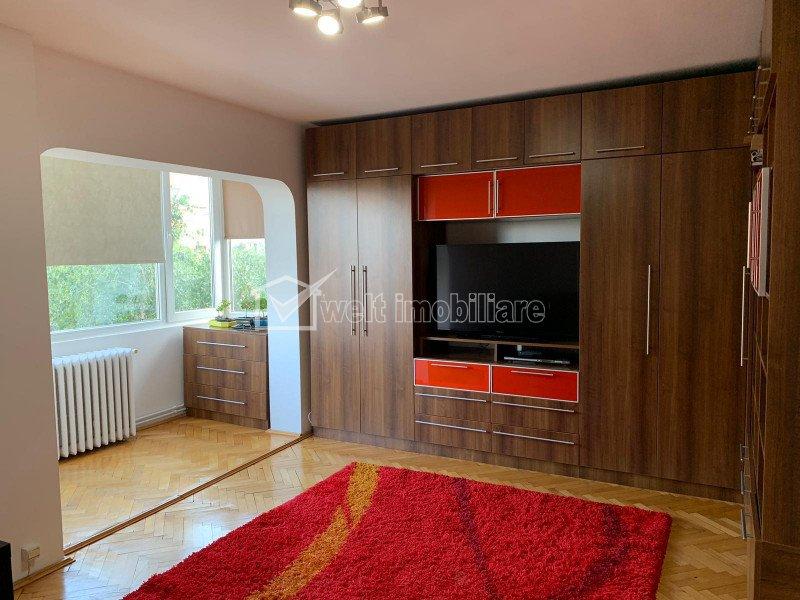 Apartament cu 3 camere, Ghorgheni, 178000 euro negociabil