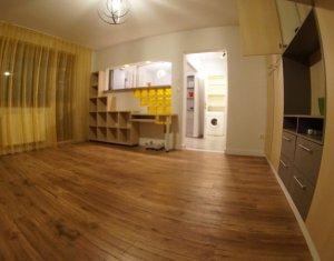GHEORGHENI - Apartament cu 2 camere, 48 mp, zona Albini, parcare