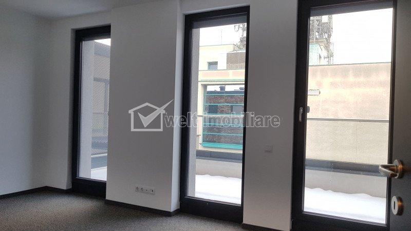 Bureau à louer dans Cluj-napoca, zone Centru