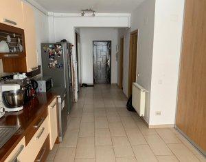 Apartament cu 2 camere, 50mp, langa padure, Edgar Quinet, 2 parcari incluse