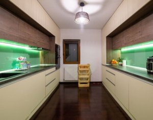 Apartament cu 3 camere, 78 mp, LUX, Manastur, 149000 euro