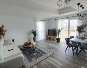 Apartament 3 camere, ultrafinisat, Floresti, zona Fagului