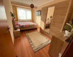 Apartament 3 camere 80 mp + 10 mp balcoane, Zorilor