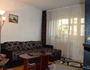 Apartament 3 camere, decomandat, etaj intermediar, 65 mp, zona Siret Bistro