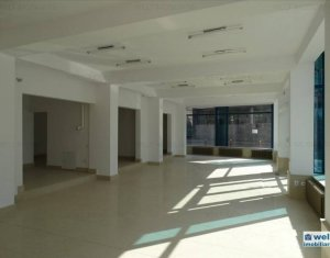 Espace Commercial à louer dans Cluj-napoca, zone Centru