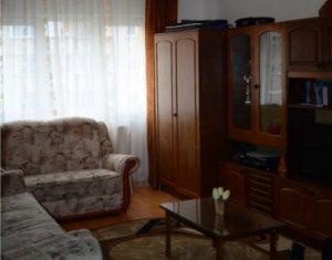 Apartament 2 camere Plopilor, etaj 3