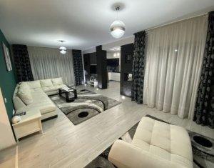 Apartament cu 3 camere, 94 mp, Ultracentral, mobilat LUX cu loc de parcare