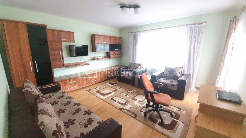 Apartament cu doa camere decomandat, strada Florilor