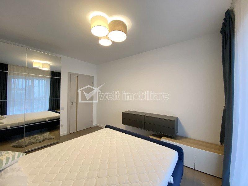 Inchiriere Apartament cu 3 camere, 2 bai, zona centrala, Scala Center, garaj