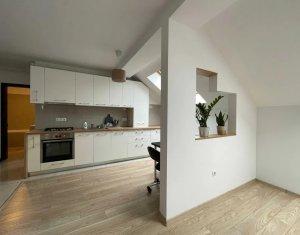 Apartament 4 camere, mansarda, cartier Europa