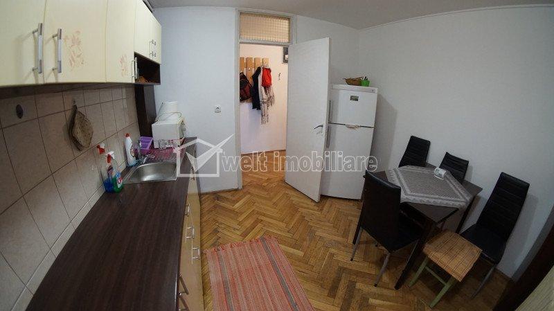 Apartament 3 camere decomandat Manastur vis-a-vis de McDonald's