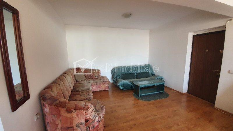 Apartament 2 camere, semidecomandat,  Floresti,Florilor
