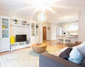 Apartament de lux cu 2 camere, 62 mp, terasa, parcare, Andrei Muresanu