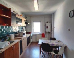 Apartament decomandat cu 4 camere, zona Calea Floresti, Manastur