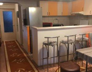 Apartament 2 camere, semidecomandat, 46 mp, zona strazii Mihai Veliciu