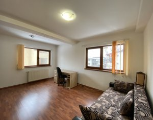 Apartament 3 camere decomandate, 70 mp, garaj, Andrei Muresanu