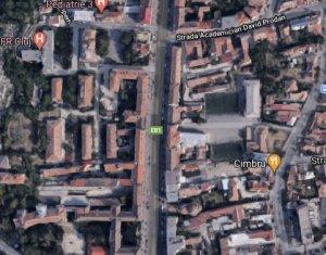 Casa demolabila cu 500 mp de teren, zona strazii Horea, semicentral