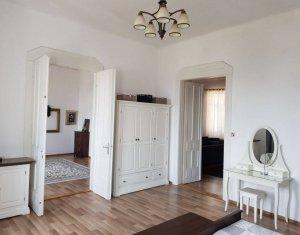 Apartament 4 camere, 137 mp, Piata Mihai Viteazu