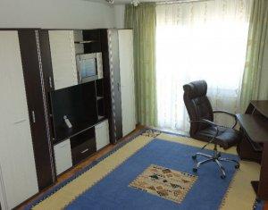 Apartament cu 3 camere, Piata Cipariu, Teatrul National