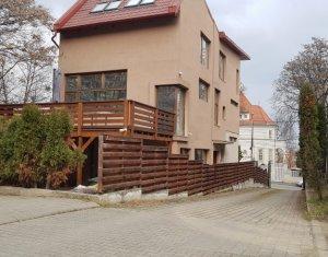 Ház 5 szobák kiadó on Cluj-napoca, Zóna Centru