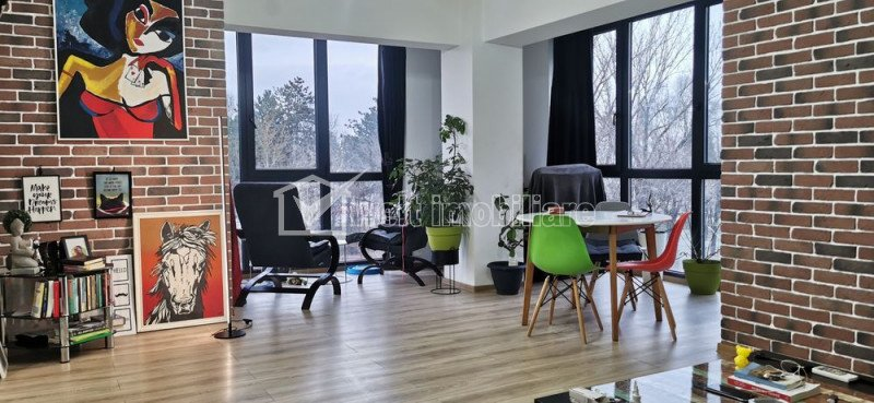 Zona IULIUS Mall - Vanzare apartament spatios si luminos, mobilat si utilat