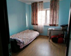 Apartament cu 3 camere, in Gheorgheni, la 2 statii de Centru, zona Titulescu