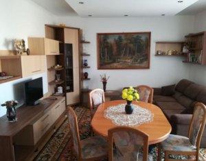 Apartament cu 3 camere, cartier Intre Lacuri, 67 mp