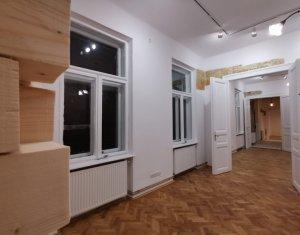 Birou 3 incaperi renovat modern, zona hotel Victoria - Orange Shop