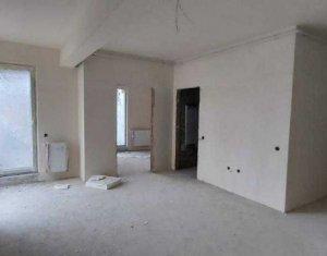 Apartament 2 camere, P-ta Mihai Viteazu