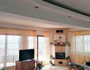 Casa 268 mp utili, 6 camere, curte frumoasa, garaj, priveliste catre oras