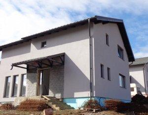 Dezmir, casa individuala, 130 mp utili, curte libera 415 mp, luminoasa