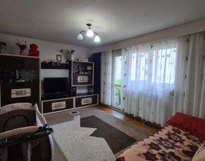 Apartament 4 camere, 79 mp, balcon, etaj 3 din 4, Manastur