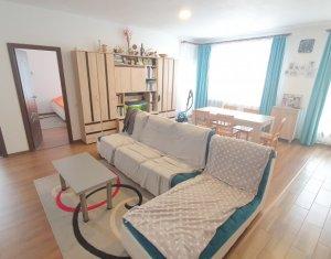 Apartament cu 3 camere, complex Green Residence, zona Sub Cetate